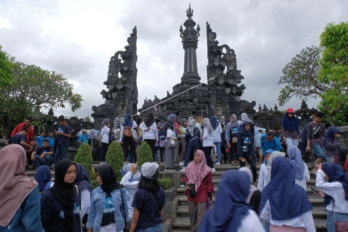バリ島のBAJRA SANDHI記念碑
