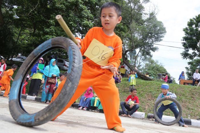 Festival Permainan Tradisional Anak Antara Foto