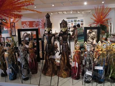 london 1 8 produksi indonesia di harrods sejumlah tokoh wayang golek