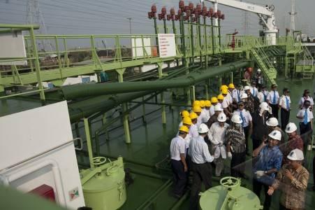 kapal minyak pertamina