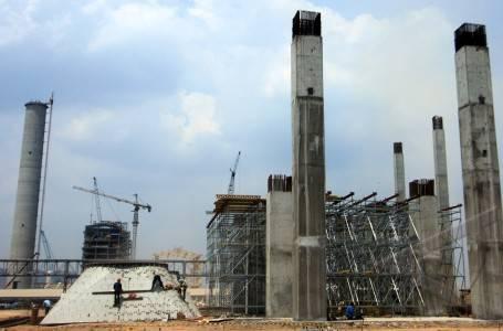 pembangunan pabrik baja terbesar