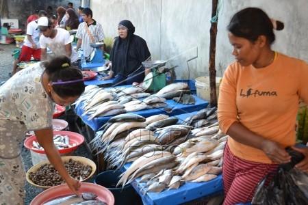 konsumsi ikan meningkat selama puasa
