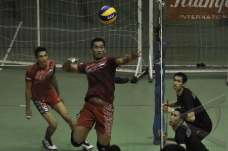latihan timnas bola voli pemain inti timnas bola voli putra indonesia
