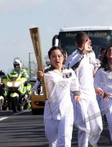 bawa obor olimpiade
