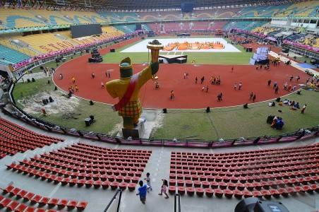 pembukaan pon suasana bagian dalam stadion saat gladi resik pembukaan ...