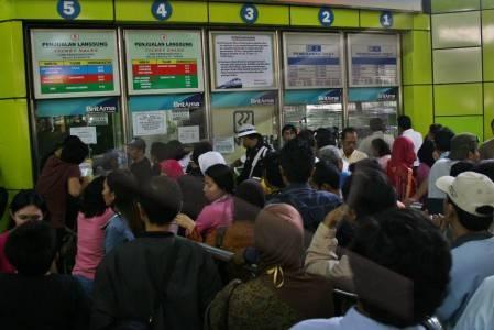 Tiket kereta api jarak jauh kini hanya dijual secara online