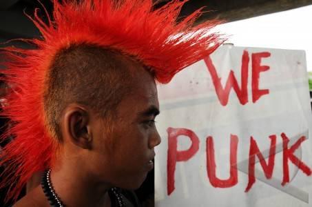 solidaritas punk