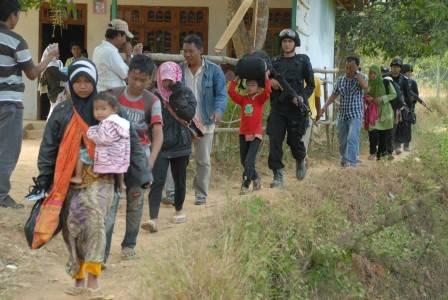 evakuasi pengungsi syiah