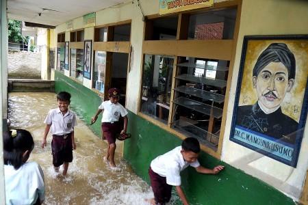sekolah kebanjiran