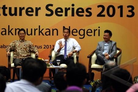Kuliah Umum Mendag - ANTARA Foto: Peristiwa - 30/8/2013 14:25:40 WIB