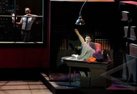 13 11 onrop musikal sejumlah pemain teater mementaskan drama musikal