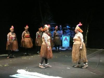 teater papua