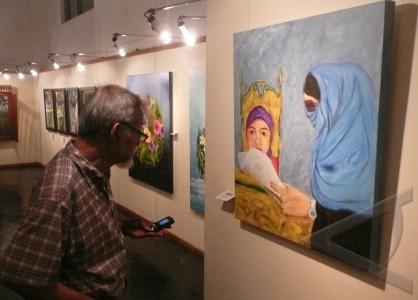 lukisan perempuan jakarta