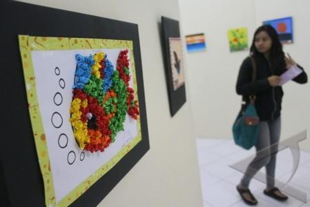 pameran lukisan autis