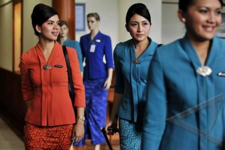 seragam baru garuda 18 jpg persyaratan pramugari haji garuda indonesia ...