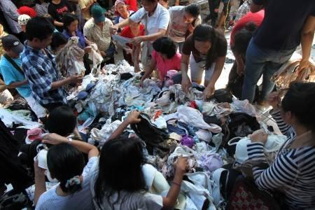 Tips Mencuci Pakaian Bekas