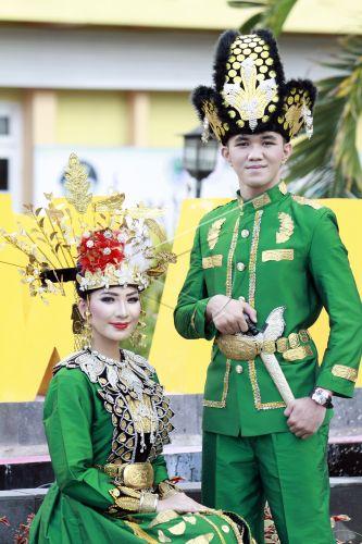 Pakaian Adat Di Gorontalo - Baju Adat Tradisional