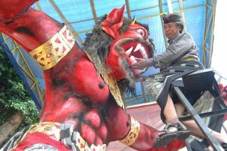 http://v-images2.antarafoto.com/gpo/1268548207/terpopuler%20sepekan-ogoh-ogoh-07.jpg