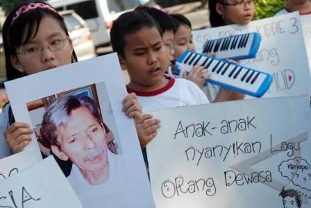 Dipinjam dari http://www.antarafoto.com/peristiwa/v1279798501/hari-anak-nasional