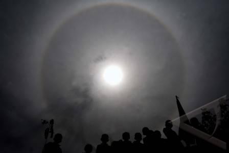 fenomena-halo-matahari-01.jpg