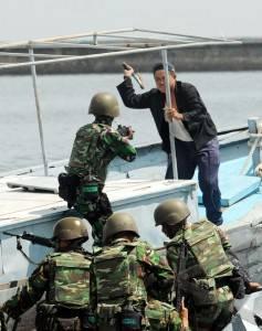 TNI-AL Bersama US Navy Laksanakan Latgab CARAT 2011