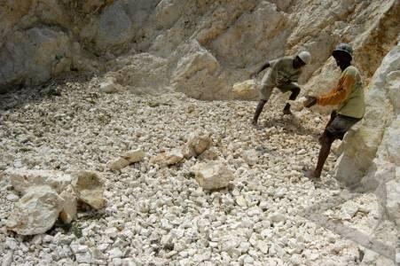 penambangan-batu-kapur-09.jpg