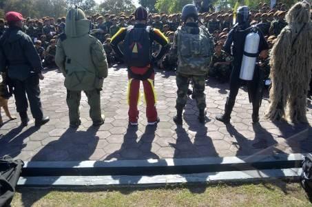 Taruna AKADEMI TNI Dan AKPOL Berkunjung Ke Markas Grup 2 Kopassus