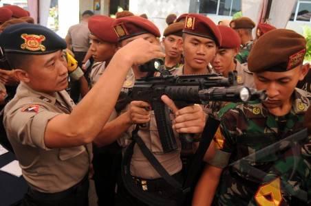 Foto Kunjung Bersama AKADEMI TNI Dan AKPOL Ke Mapolda Jatim
