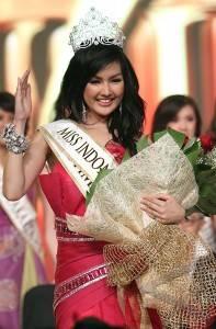 Indonesia on Miss Indonesia 2011   Antara Foto  Hiburan Dan Seni Budaya   4 6 2011