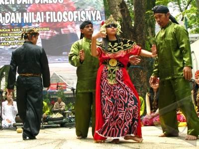 Kesenian Berbau Mistis Paling Populer Di Indonesia