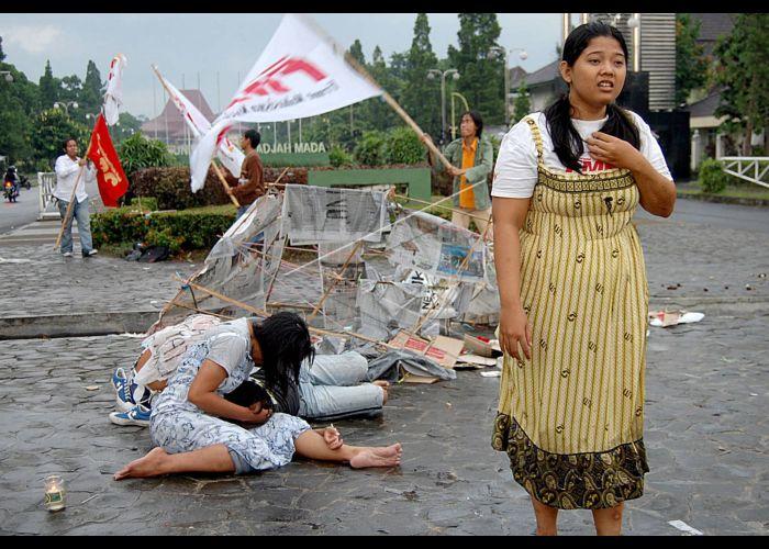 Hasil gambar untuk fmn aksi hari perempuan