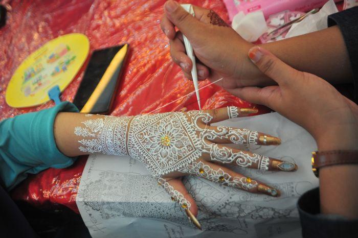 Kompetisi Henna Palembang Antara Foto