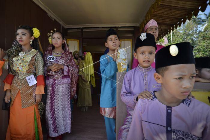 Lomba Busana Adat Melayu Antara Foto