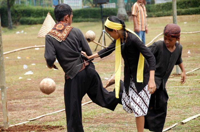 Olimpiade Permainan Tradisional Antara Foto