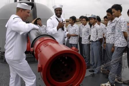 Open Ship USS Vandegrift FFG-48 di Pelabuhan Tanjung Perak Surabaya