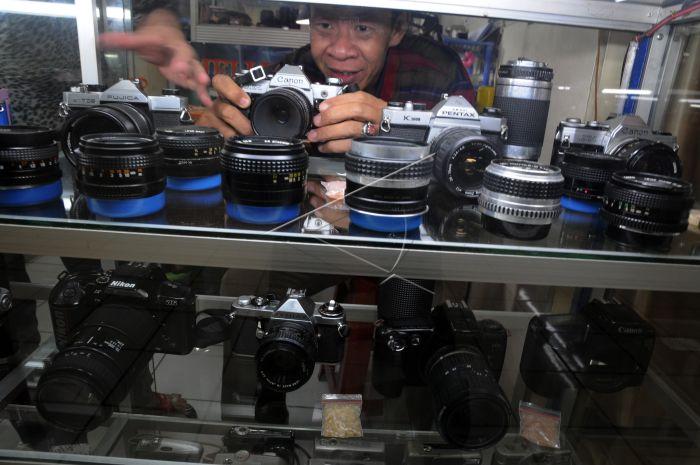 Riwayat Kamera Analog Antara Foto