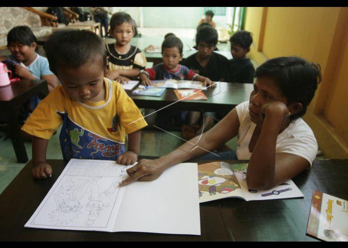 Sekolah Anak Jalanan   ANTARA Foto
