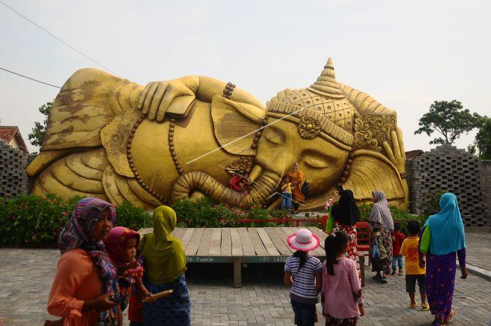 Wisata Patung Ganesa Grobogan Antara Foto