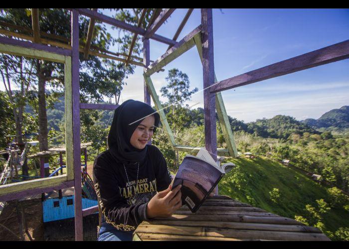 Wisata Puncak Kampung Bambu Di Kalsel Antara Foto